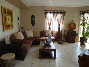 conseil deco salon ethnique chic proche d amiens home staging. Black Bedroom Furniture Sets. Home Design Ideas