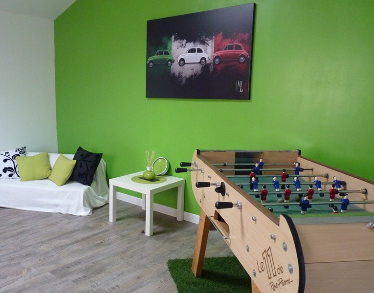 conseil deco salle de jeux aux couleurs de l italie. Black Bedroom Furniture Sets. Home Design Ideas