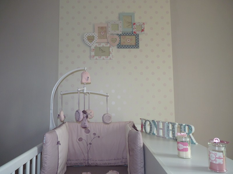 D co chambre bb fille for Chambre de bb fille dcoration